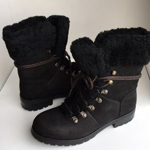 ❤️New Ugg Fraser Black Leather laced up boots Sz 8